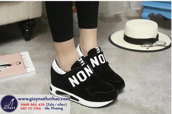 Giày thể thao nữ nâng đế màu đen GTT4201