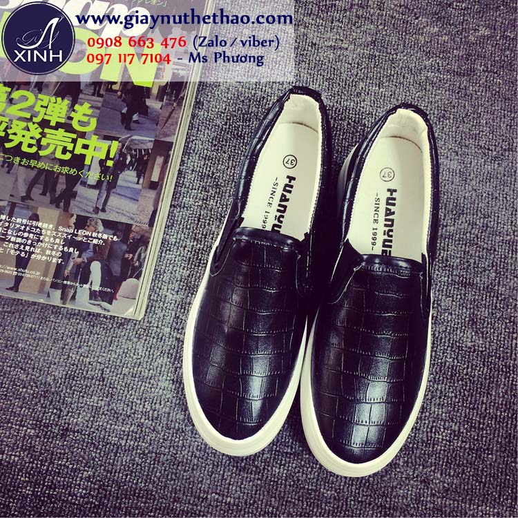 Giày lười nữ đen bóng trẻ trung sang trọng GTT4601