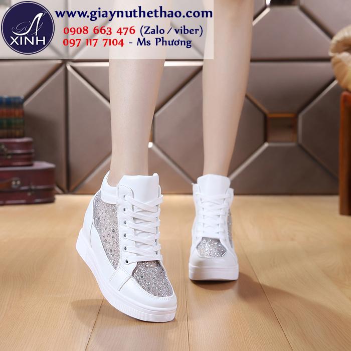 Giày thể thao nữ độn đế lưới màu trắng GTT4701